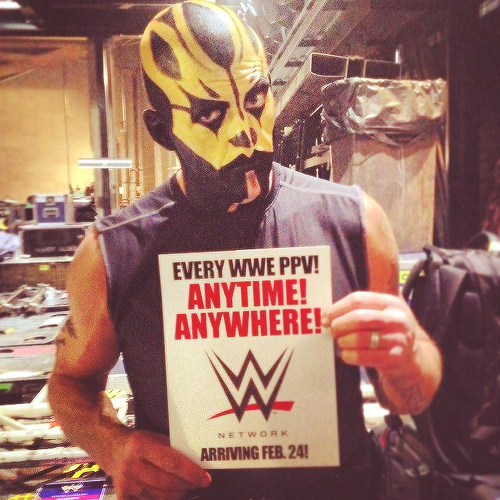 Goldust knows what's up.