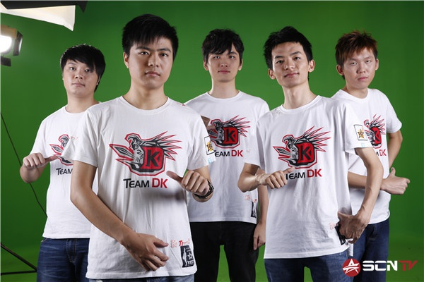 From Left: X!!, BurNIng,  iceiceice, LaNm, Mushi (source) http://wiki.teamliquid.net/dota2/Team_DK