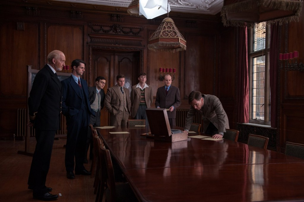 The best cryptographers in Britain gather to beat the German Enigma code.