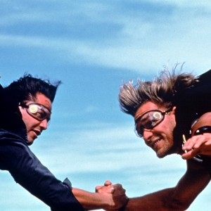 patrick-swayze-et-keanu-reeves-dans-point-break-3877432lmvid