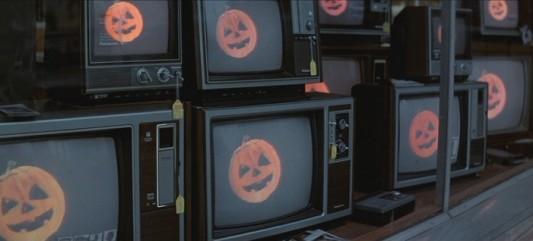 2012-09-19-halloweenIII3-533x241