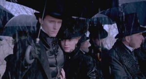 crimson-peak-hd-screencaps-hiddleston-chastain-39