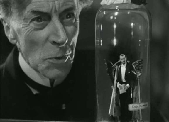 Doctor Pretorius and his tiny Satan.