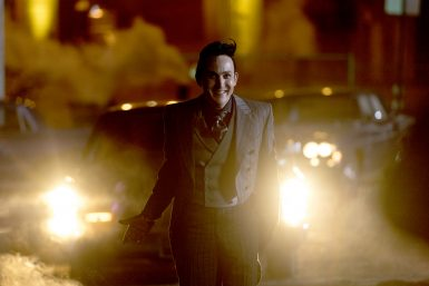 "GOTHAM: Robin Lord Taylor in the ""A Dark Knight: Things That Go Boom"" episode of GOTHAM airing Thursday, Nov. 30 (8:00-9:01 PM ET/PT) on FOX.  ©2017 Fox Broadcasting Co. Cr: David Giesbrecht/FOX"
